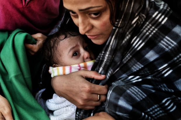 refugee-woman-with-baby
